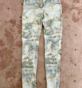 Джинсы (брюки) для девочки