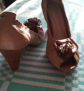 Туфли кожаные 38-39 размер