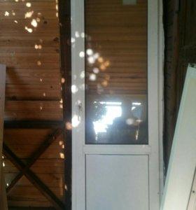 Пластиковая рама и балконная дверь