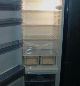 Холодильник Ariston - торг