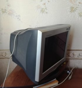 Продается компьютерный Монитор, lg