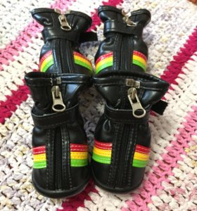 Ботинки для собак+подарок (носочки)