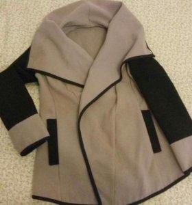 Пальто кашемир Италия размер 42-46