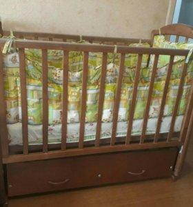 Детская кроватка + бортики