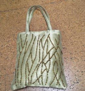 Платок в сумочке