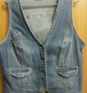 Жилетки джинсовая
