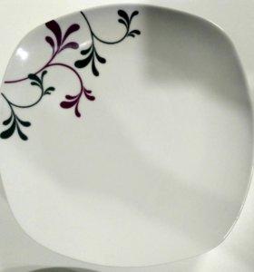 Набор тарелок( 9 штук)