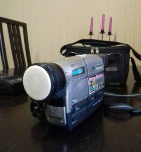 видеокамера Panasonic RZ - 1