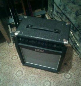 Комбоусилитель Soundking SG300R