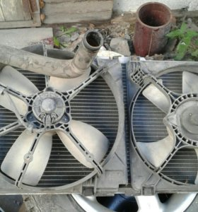 Радиатор в сборе Mazda 626 Срочно продам недорого