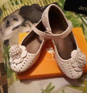 Босоножки,туфли,сандали кожаные
