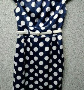 Платья женские.