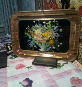 Поднос. Цветы. 70-е годы.