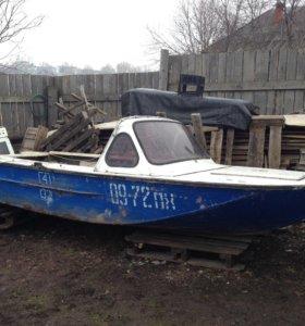 Продаётся 5-ти метровая моторная лодка!