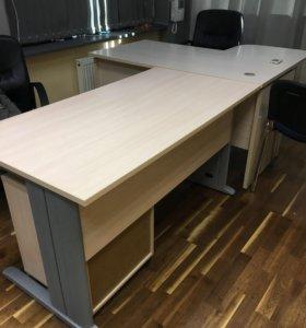 Б/у офисные столы срочно продам