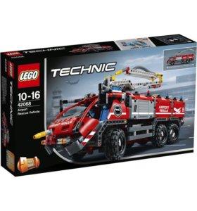 Конструктор 42068 LEGO Technic Автомобиль спасател