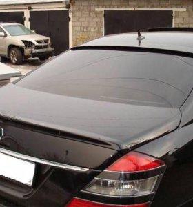 Спойлер на багажник козырёк стекло Mercedes W221
