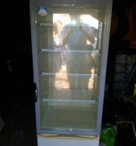 Ветрина холодильник