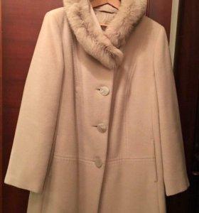 Пальто зимнее вирджинская шерсть с капюшоном