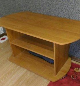 Журналтный стол