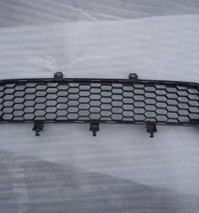 Решетка бампера Mitsubishi L200 нижняя