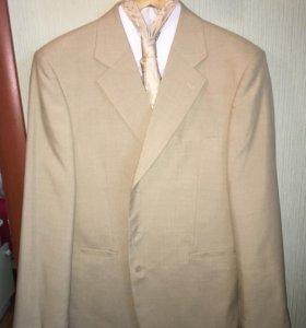 Новый мужской костюм,рубашка,галстук