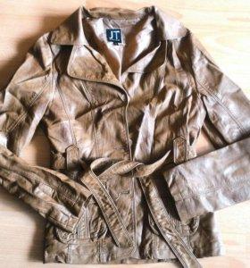 Новая куртка,кожзам 44-46р.