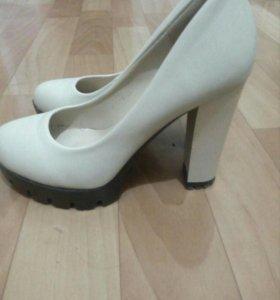 Туфли (кожзам)