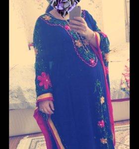 Красивая абая