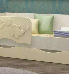 Новая кровать со склада в детскую