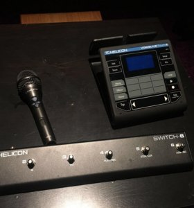 TC Helicon VoiceLive Touch 2, Switch 6, MP-76 Mic