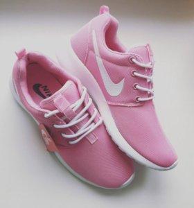 Новые кроссовки Nike roshe run (35;36;37;38)