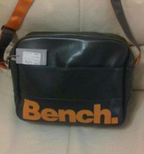 Новая сумка Bench.