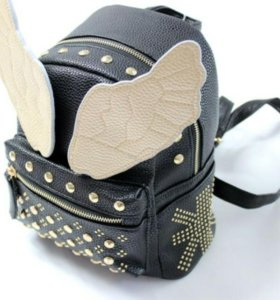 Рюкзак с крылышками. Женский /детский. Сумка