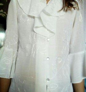 Блузка белая на 134-140 см