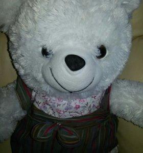 Медведь плюшевый 55 см