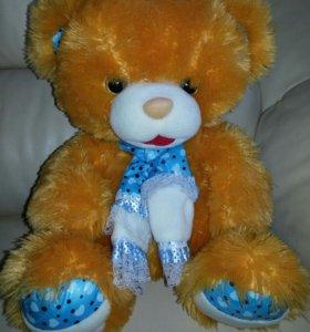 Медведь плюшевый 35 см