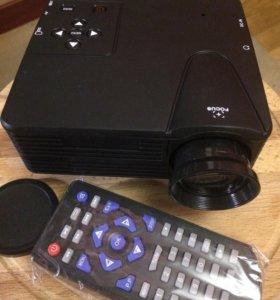Портативный видео проектор