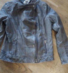 Новая куртка р.50