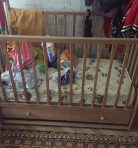 Детский кроват