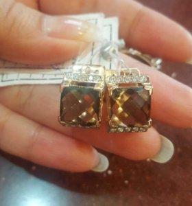 Золотые серьги и кольцо.16 грамм. Новые
