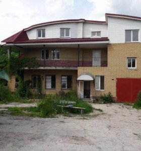 Коттедж, 750 м²