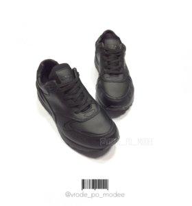 кроссовки на осень