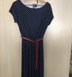 Новое красивое женское платье