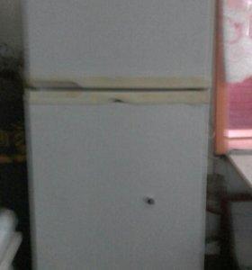 Холодильник для пива с оборудованием
