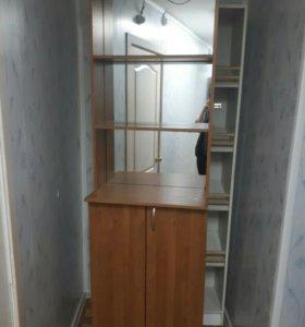 Заднии витринные шкафы