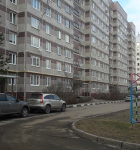 Квартира, 5 и более комнат, 107 м²