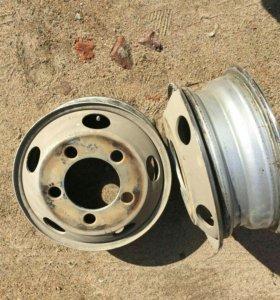 Шины Dunlop с дисками для грузовика