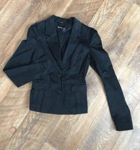 Стильный пиджак, новый!!!