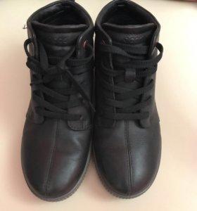 Ботинки Ecco 36